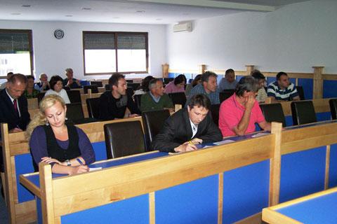 javna-rasprava-ministarstvo-za-urbanizam010709_b2.jpg