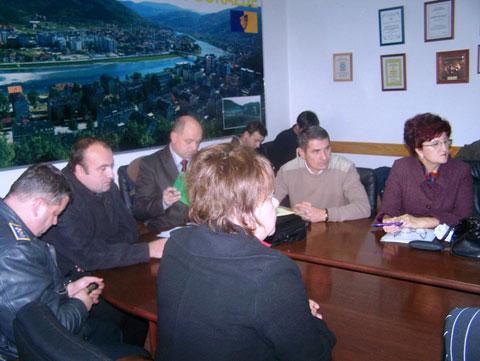 potpisivanje-sporazuma-sindikati-131109b1.jpg