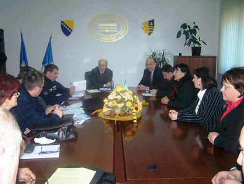 potpisivanje-sporazuma-sindikati-131109b2.jpg