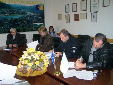 potpisivanje-ugovora-230210b2.jpg