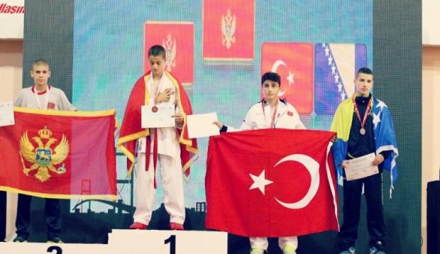 ALdin na prijestolju Balkansko prvenstvo 2014