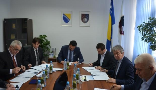 Vlade Kantona Sarajevo i Bosansko-podrinjskog kantona sa sarajevskim općinama pomažu Kantonalnu bolnicu
